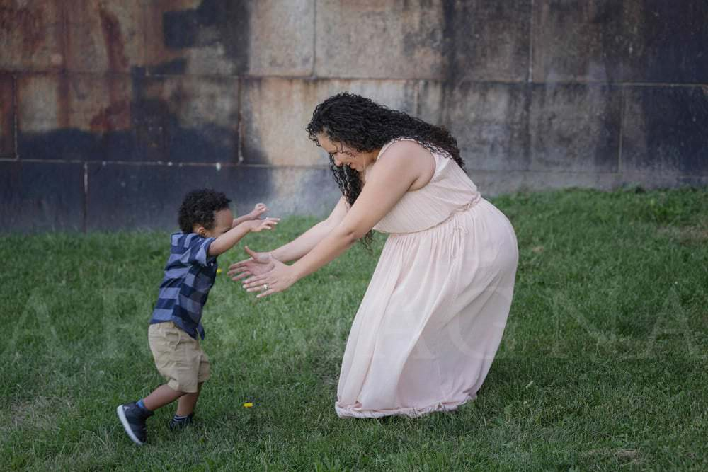 maternity sibling mother son boston photographer