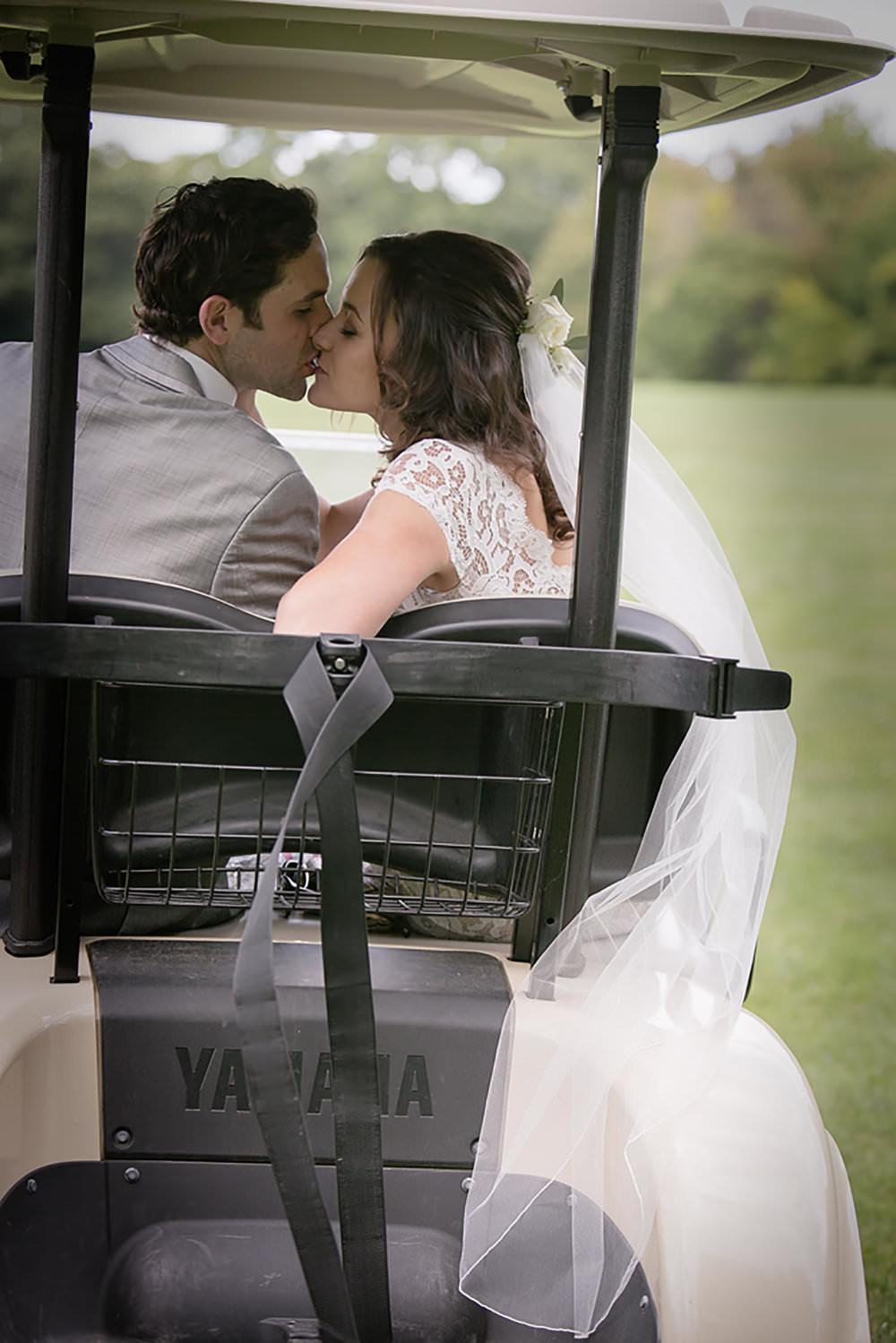golf course wedding lunenberg ma photographer golf cart settlers crossing