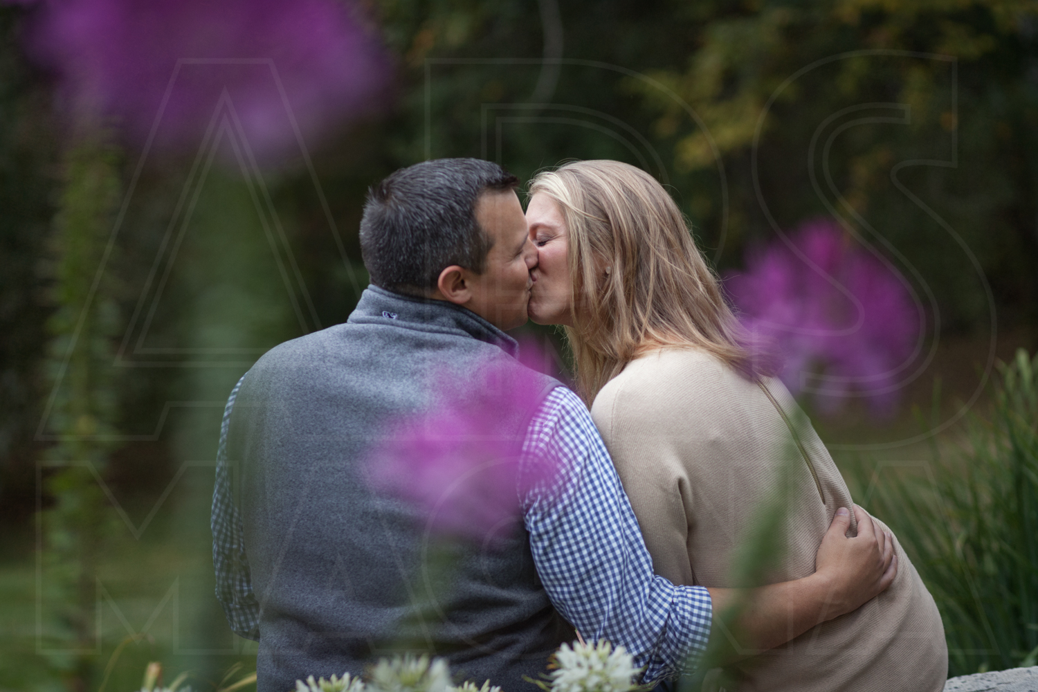 clarks cove farm engagement photography flowers