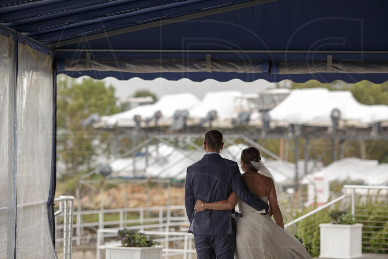 rainy day wedding at duxbury bay maritime academy