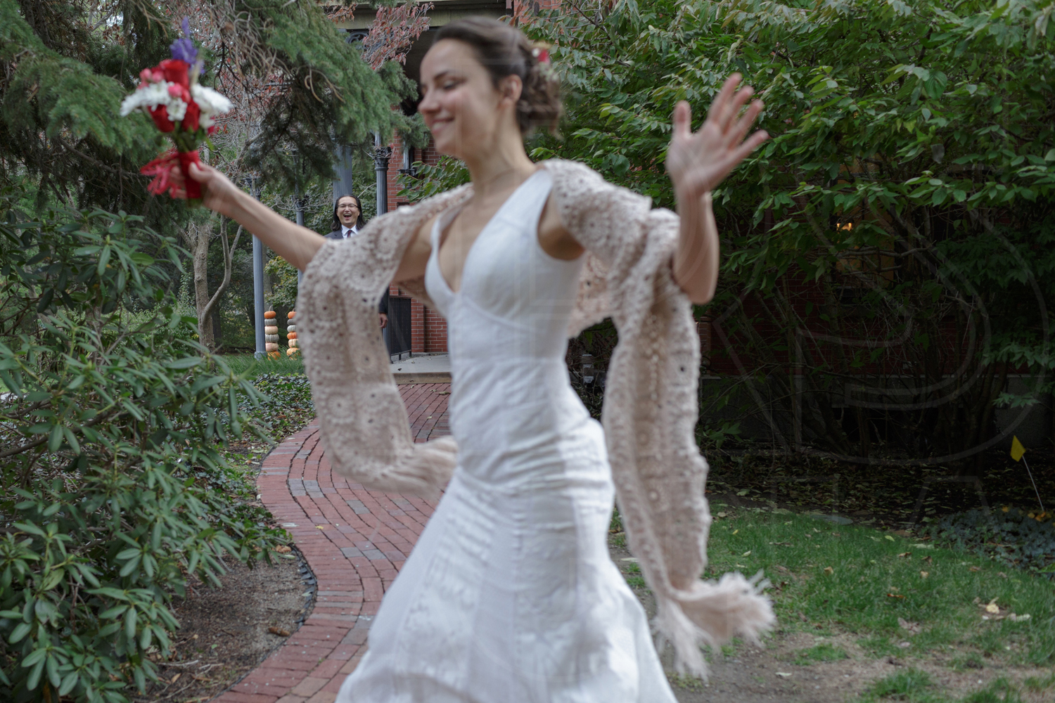 first look commanders mansion wedding photographer