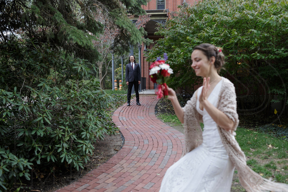 first look commanders mansion wedding photos