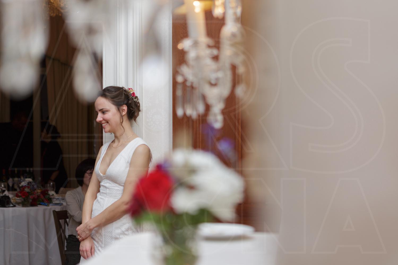 indie bride low key wedding commanders mansion bride wedding photos
