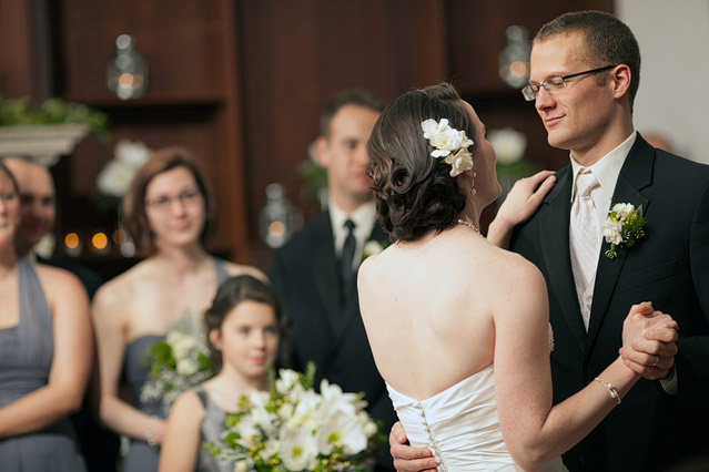 winter wedding willowdale estate photography