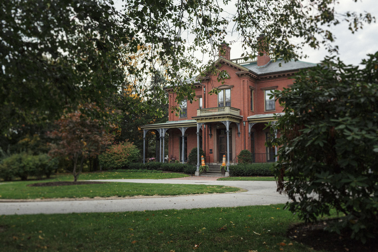 commander's mansion watertown wedding photography