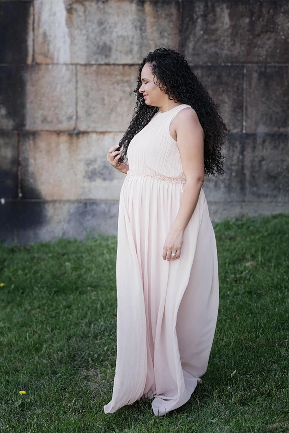 outdoor maternity portraits south boston