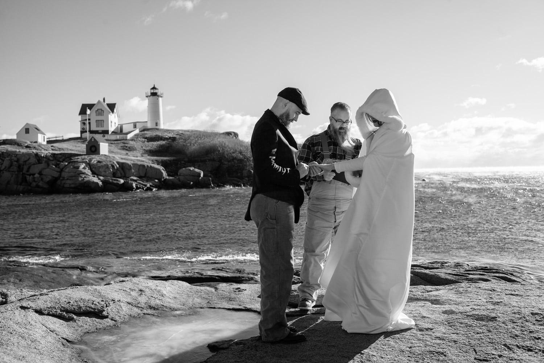 nubble point york elopement photography